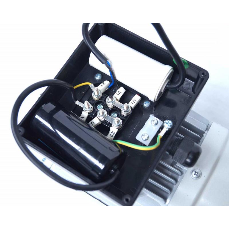 Moteur electrique 220v monophasé 0.25kW, 3000 tr/min, B5